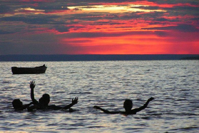 Закат над Замбези