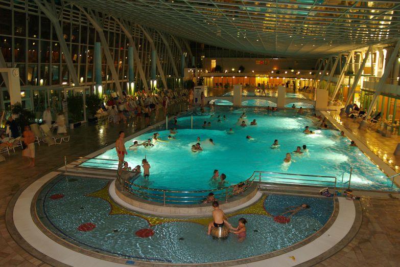 Термальные купальни в Бадене