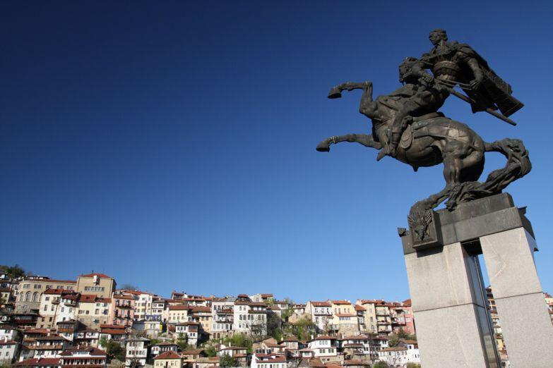 Памятник царю освободителю