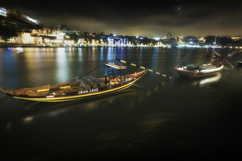 Порту ночью