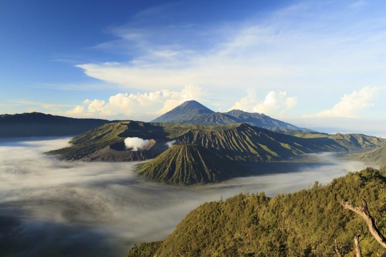 Вулканическая гора Бромо