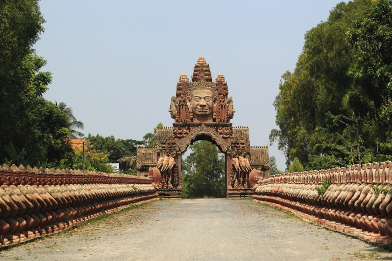 Врата Будды в Ангкор-Ват
