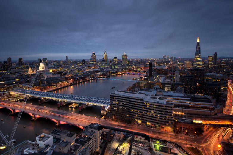 Панорама ночного Лондона