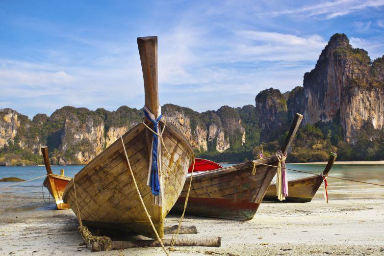 Длинные лодки - настоящий символ Тайланда