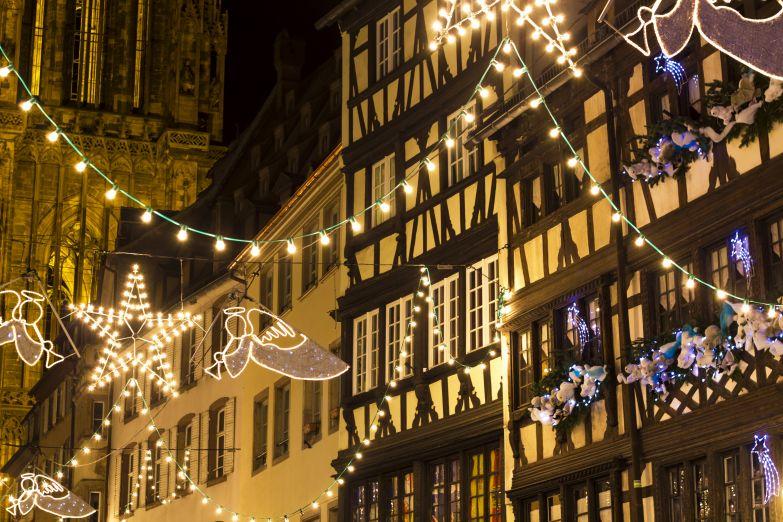 Рождественские украшения в Страсбурге