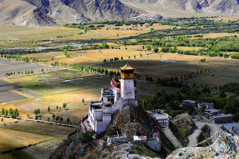 Храм на вершине горы