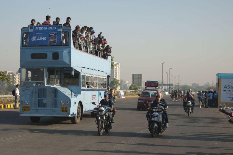 Двухэтажный автобус даблдекер