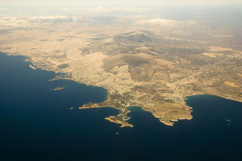 Вид на Афины из самолета