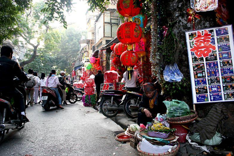 Улица в старом квартале Ханоя