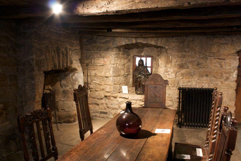 Интерьер старинного особняка Provand's Lordship
