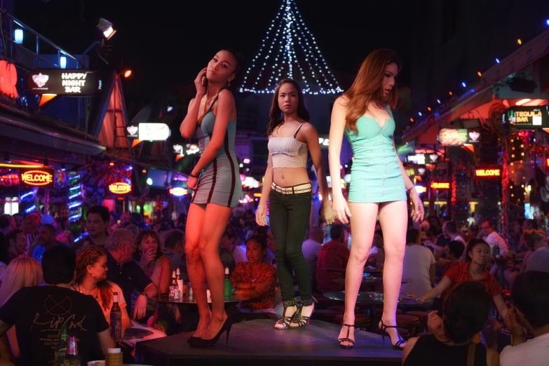 Улица Бангла в Патонге - центр ночной активности на Пхукете