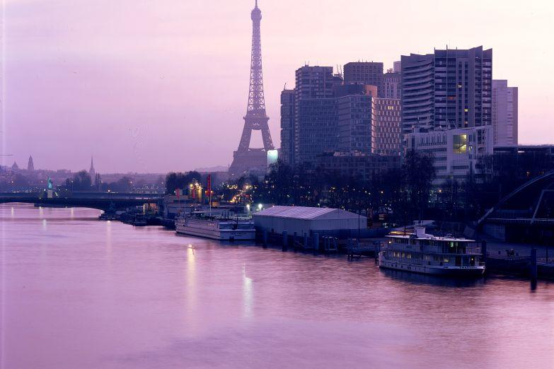 Символы Парижа: Сена и Эйфелева башня