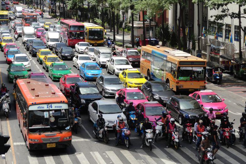 Дорожное движение в Бангкоке