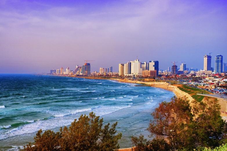 Вид с моря на тель-Авив