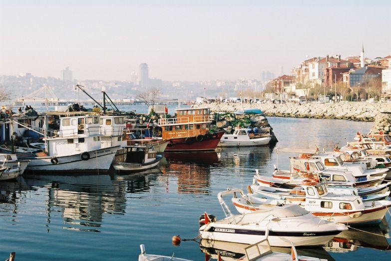 Причал у залива Босфор