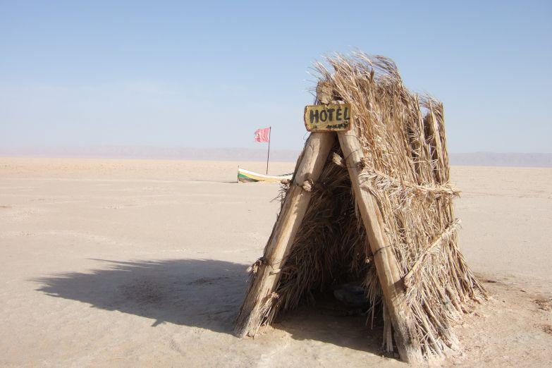 Отель пять звезд, пустыня