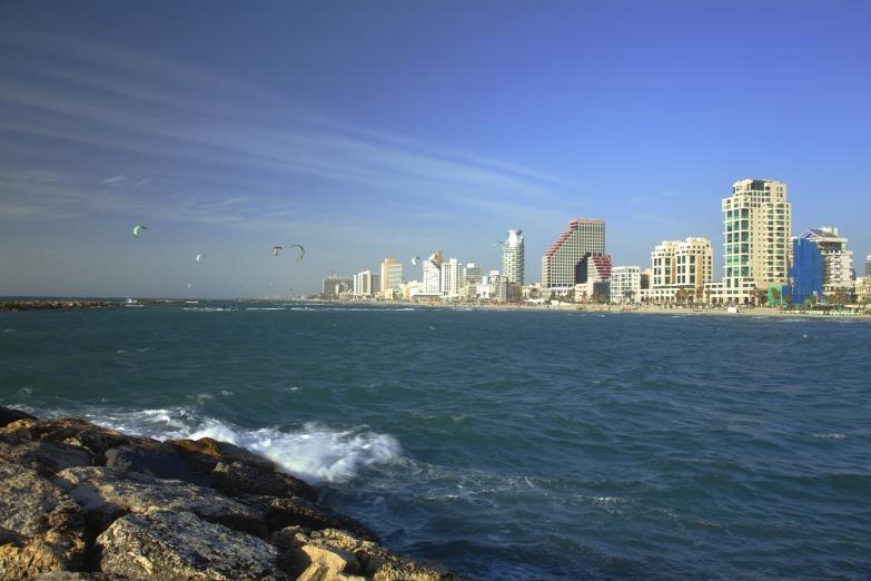 Вид на город с моря