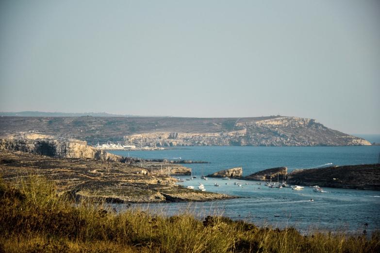 Остров Комино и Голубая лагуна