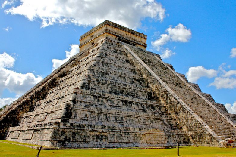 Пирамиды майя в Канкуне