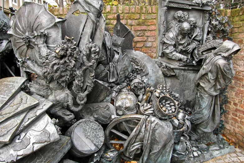 Памятник основателю Дюссельдорфа