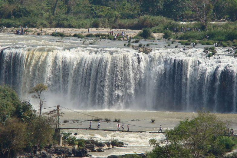 Водопад Падающий Слон в Далате