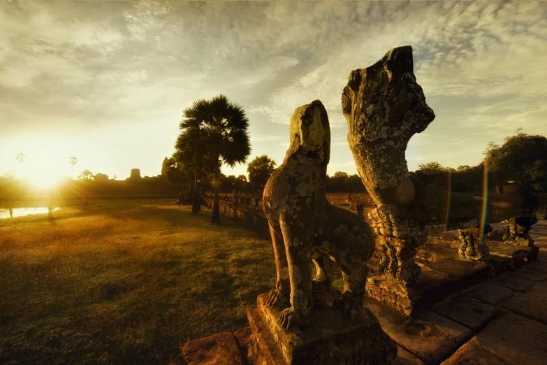 Утро в Ангкор-Ват