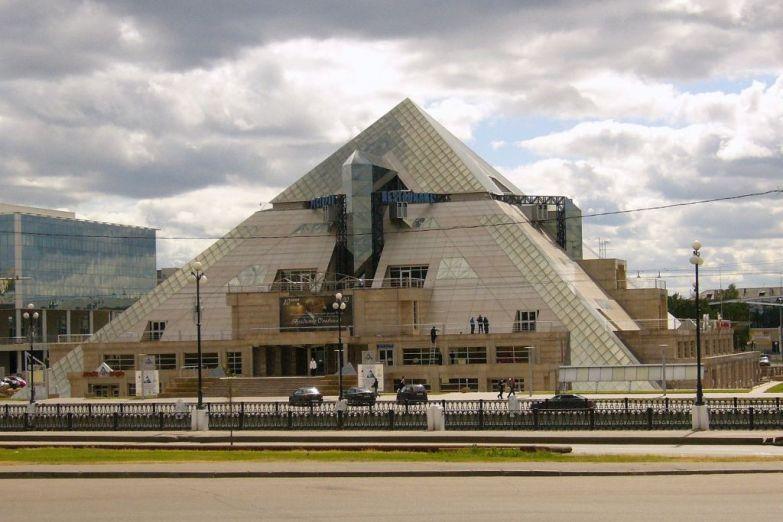 Развлекательный центр Пирамида, Казань