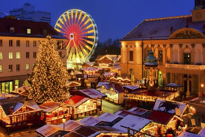 Рождественская ярмарка на площади Магдебурга