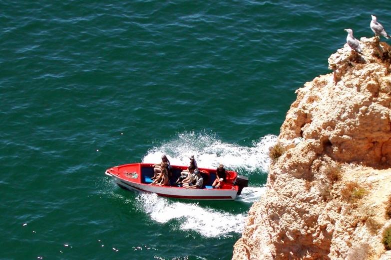 Морские прогулки - популярное развлечение